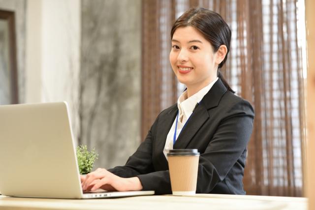 高時給1400円★PC管理や軽作業業務など!履歴書不要