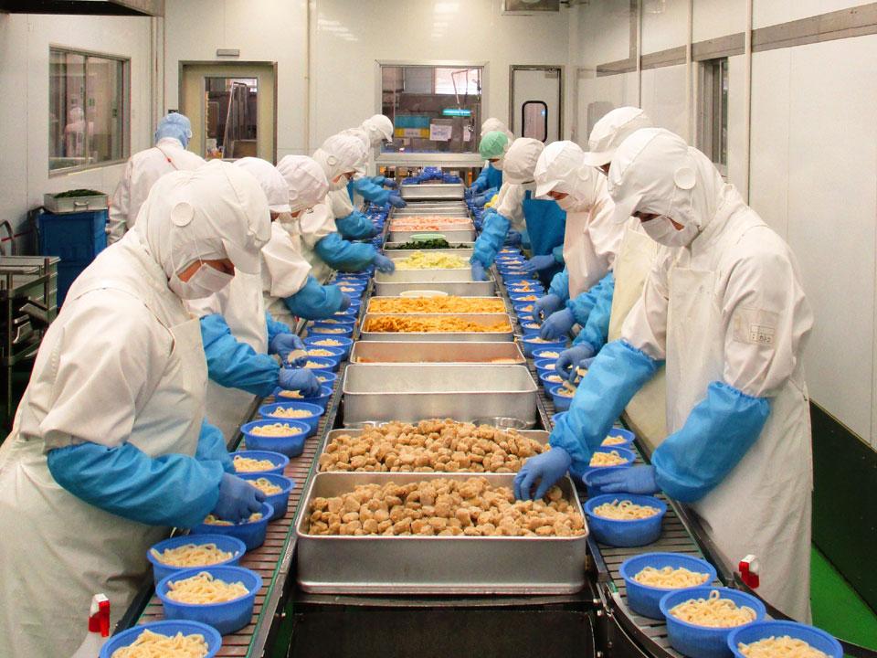 【茨城県稲敷郡-正社員】累計1億食突破!冷凍鍋焼きうどんの製造工場0