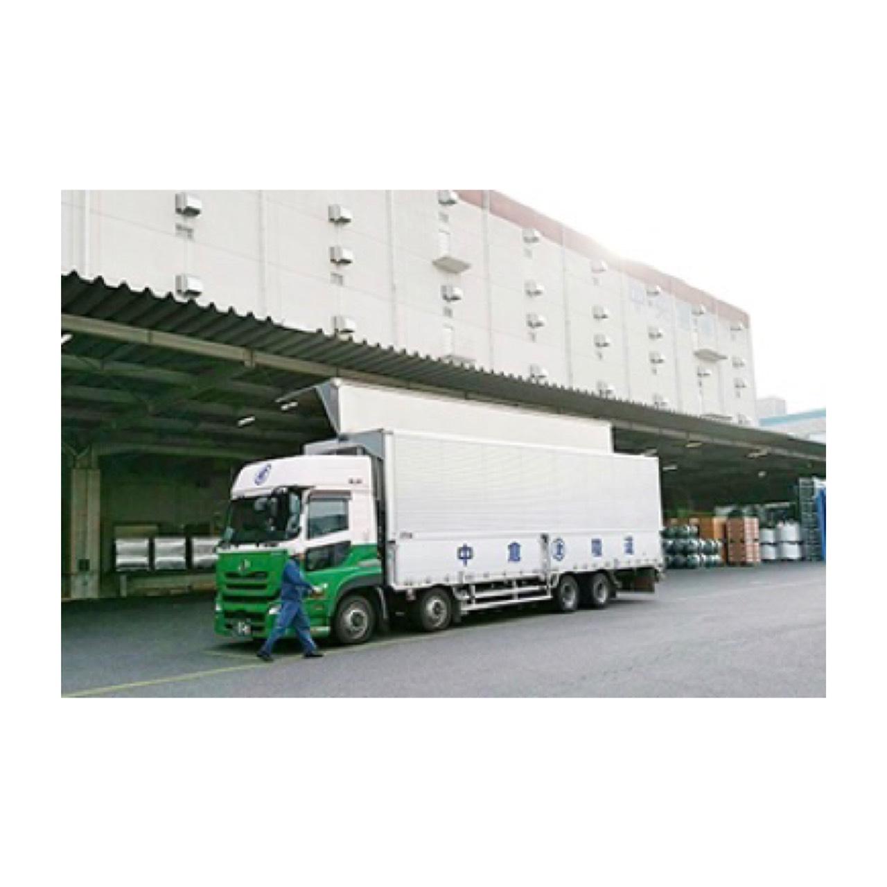 中距離運行・大型トラックドライバー