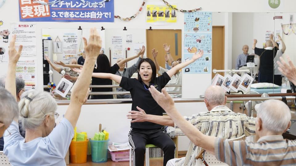 【正社員】半日型入浴&リハビリデイサービスの介護職【東京都立川市/プラス立川】