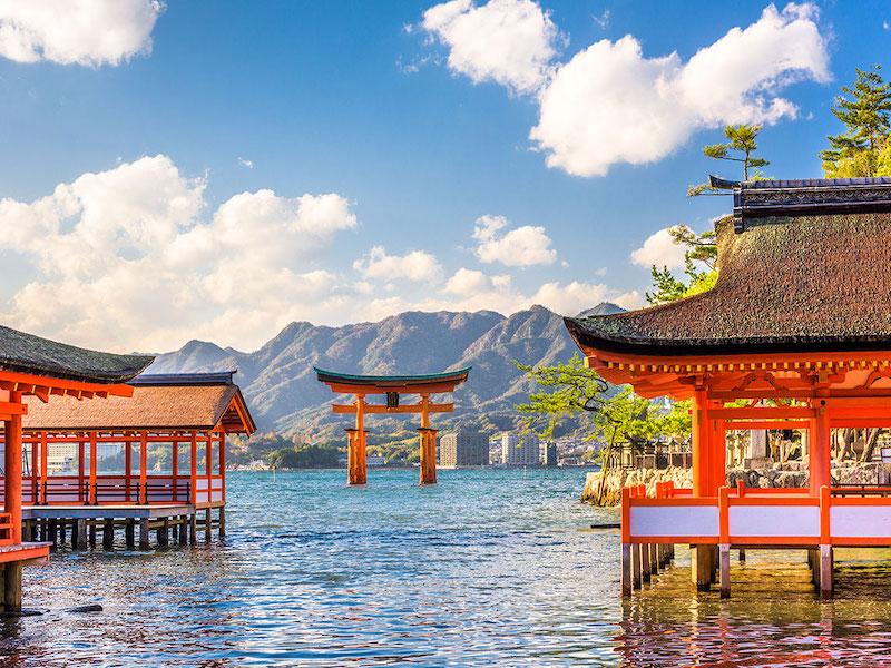 毎日温泉に入れる離島生活!広島宮島で清掃スタッフ募集!